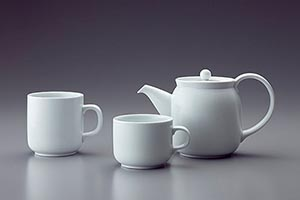 Affordance of tea cups
